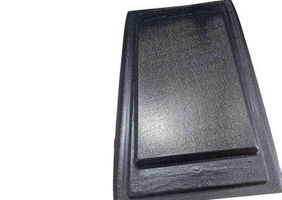 Peça Moldada para acabamento caixa metálica